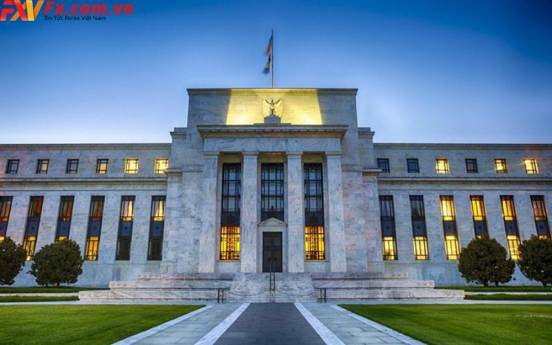 Bài phát biểu của Fed và chính sách tiền tệ