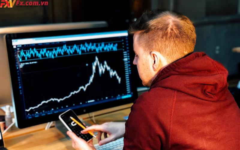 Cách giao dịch với Day trading là gì