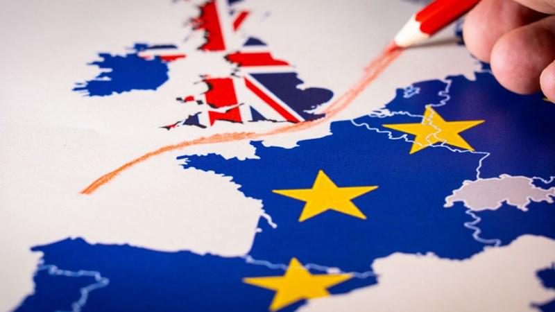 Bảng Anh bị ảnh hưởng bởi các vấn đề từ Brexit