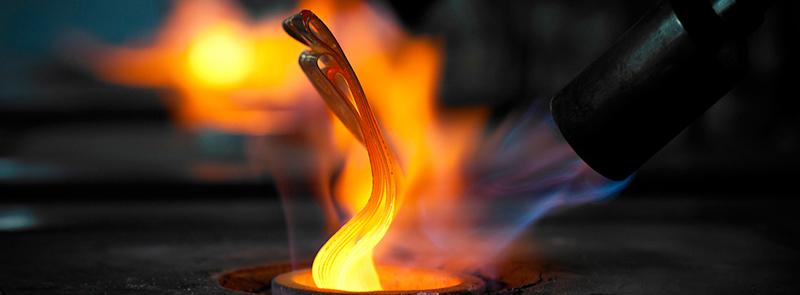 Cách thử vàng thật hay giả tại nhà bằng lửa