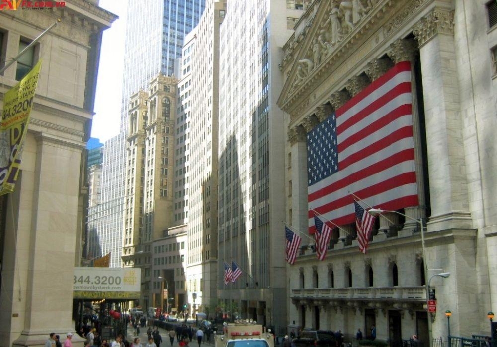 S&P 500 kết thúc cao hơn trong phiên hôm nqua