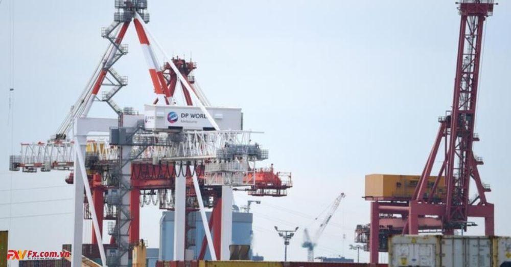 Thặng dư thương mại Úc tăng trong tháng 12