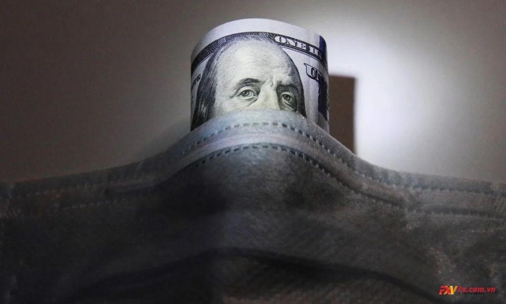 Xu hướng giảm của đô la Mỹ vẫn còn kéo dài