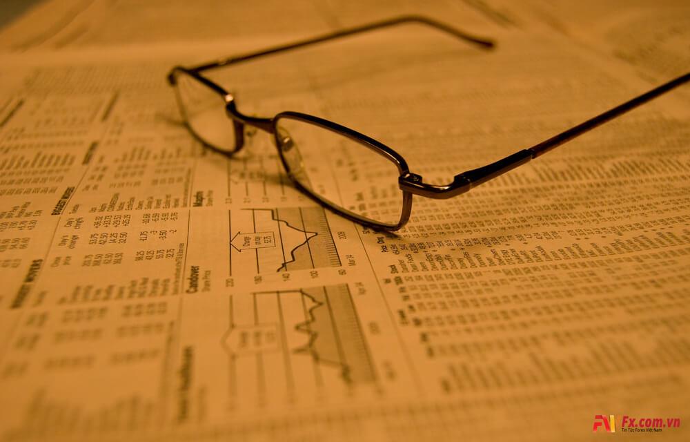 Ưu và nhược điểm khi đầu tư vào các quỹ ETF tại Việt Nam