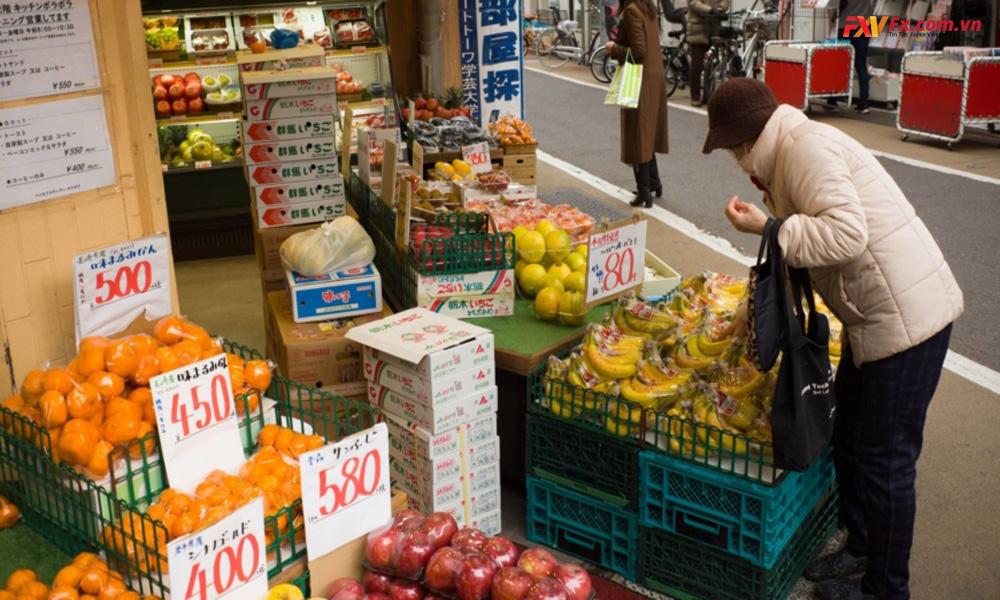 Chi tiêu tiêu dùng Nhật tăng